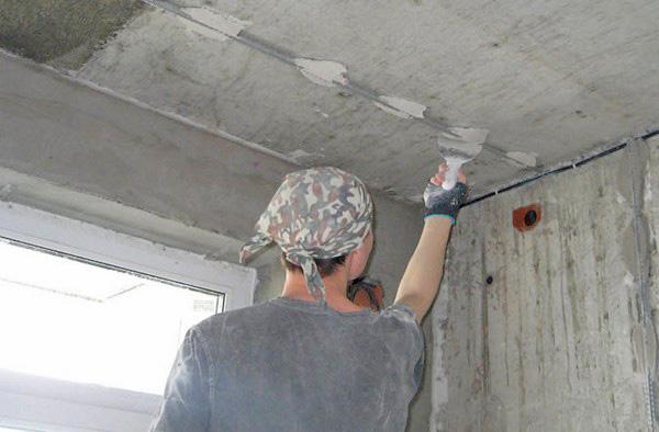 Как выровнять потолок штукатуркой фото
