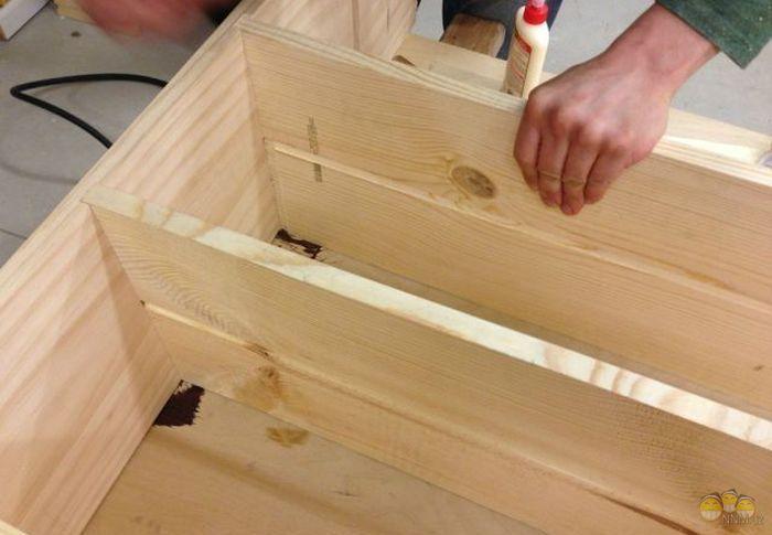 Сборка деревяяного стеллажа