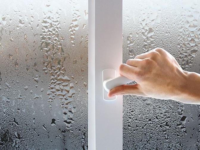 почему запотевают пластиковые окна в квартире