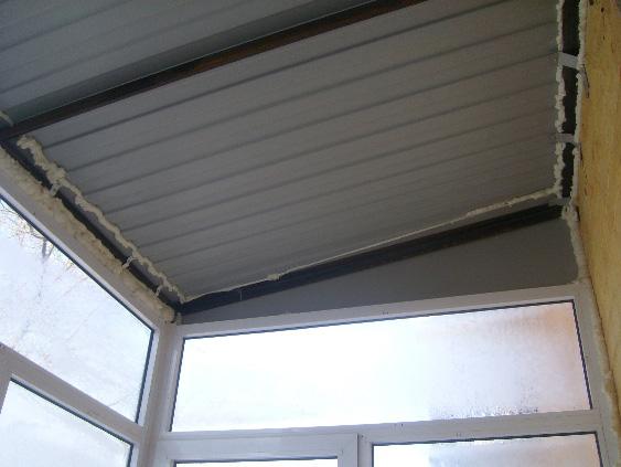 зависимая крыша балкона