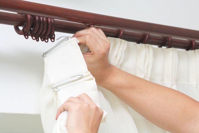 вешаем шторы после ремонта