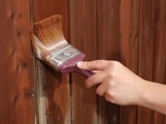 Чем покрасить забор, дом, беседку?