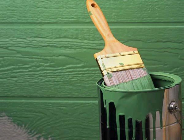 Какие виды красок можно использовать для покраски деревянного дома