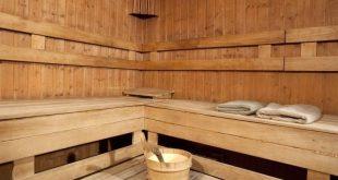 чем обрабатывать дерево в бане
