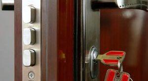Как заменить замок на входной металлической двери