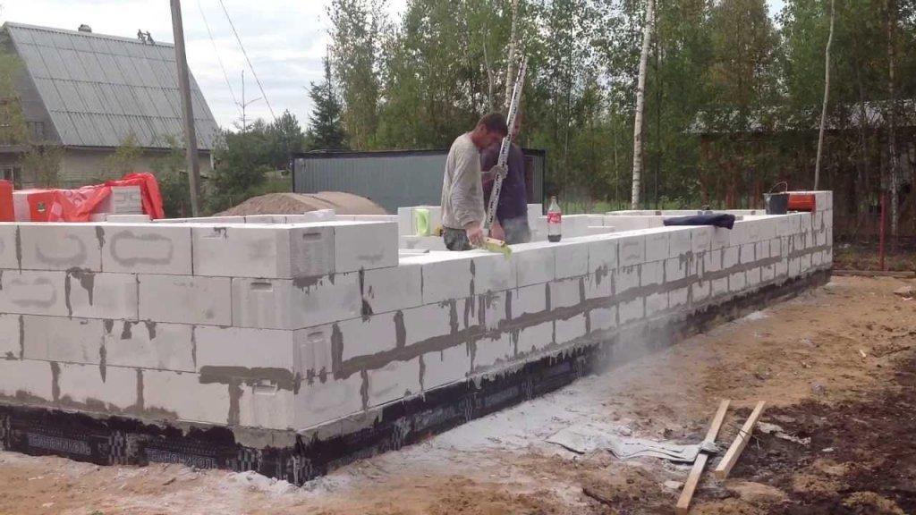Построить дом своими руками газоблоков
