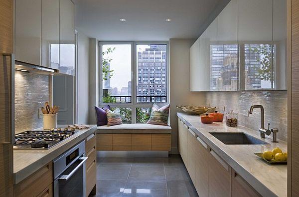 Оригинальные подоконники и интерьер квартиры в стиле хай-тек