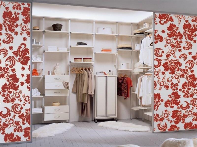 Гардеробная комната и встроенный шкаф