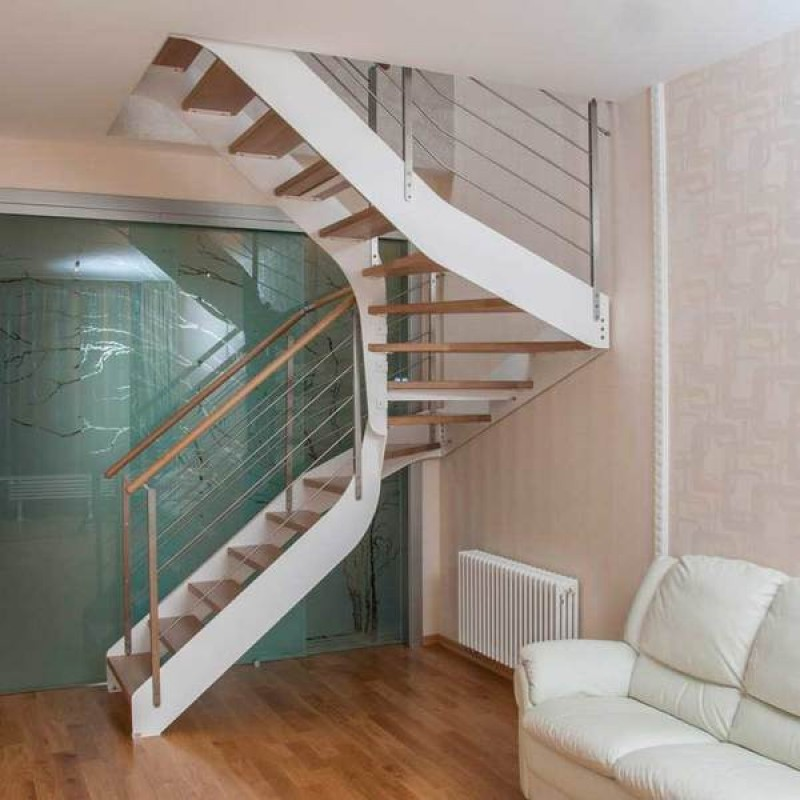 Лестница для дома. На что обратить внимание при выборе?