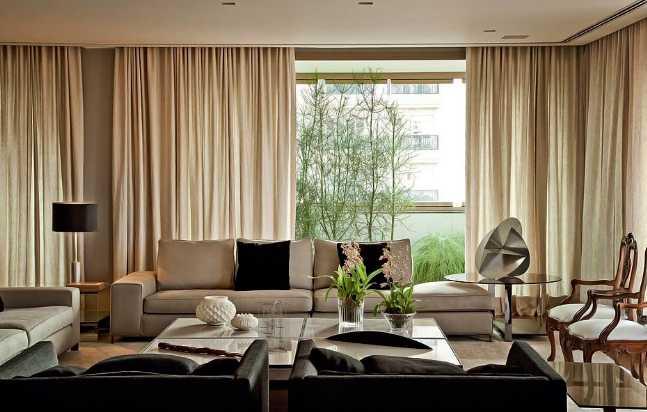 Длинные шторы в интерьере вашей комнаты