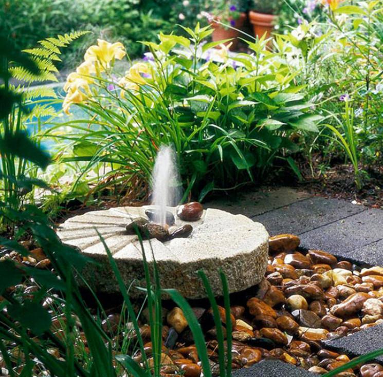 Как ухаживать за садовым фонтаном