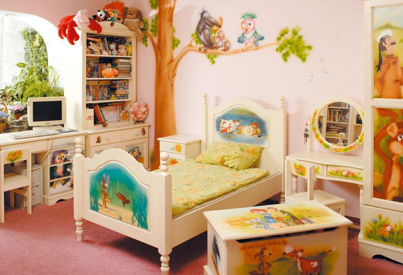 Как сделать детскую комнату сказочной?