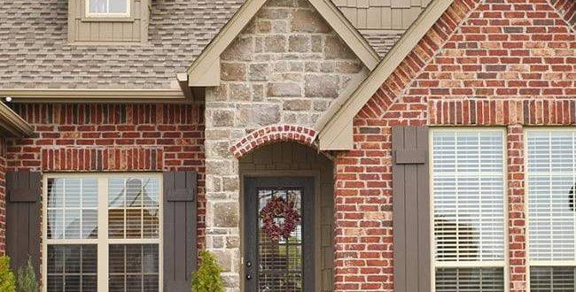 Строительство домов из кирпича: преимущества материала